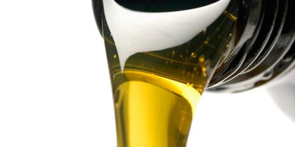 Какое масло заливать в доильный аппарат?
